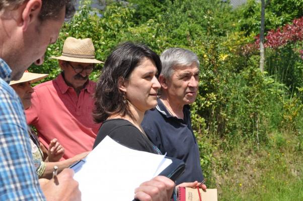 Julie Barbeillon, rédactrice en chef de La Maison écologique, a accompagné les lecteurs du magazine dans les allées de l'écolotissement. Photo Gwendal Le Ménahèze