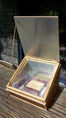 Cuiseur solaire de type boîte