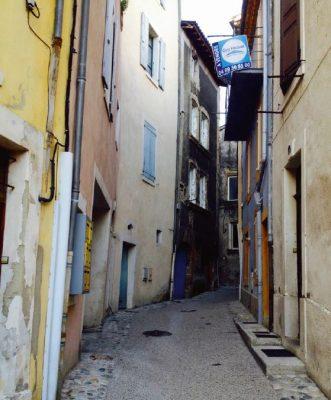 Ruelle à Crest (Drôme)