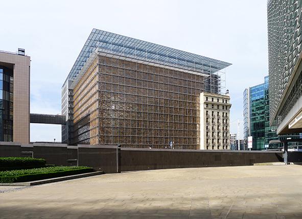 Réemploi de châssis pour le siège du Conseil de l'Union Européenne à Bruxelles
