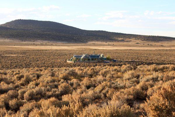 earthship Phoenis desert du Taos USA