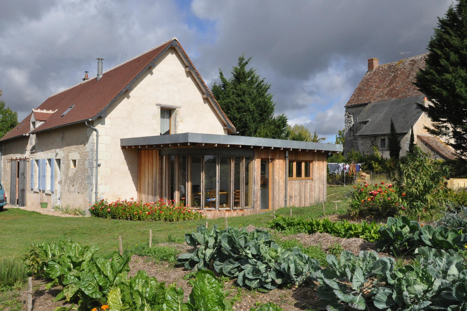 Devis Extension Maison à Poitiers ▷ Agrandissement Bois, Acier, Parpaing