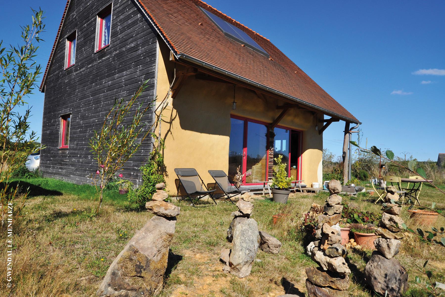 maison en bois et paille